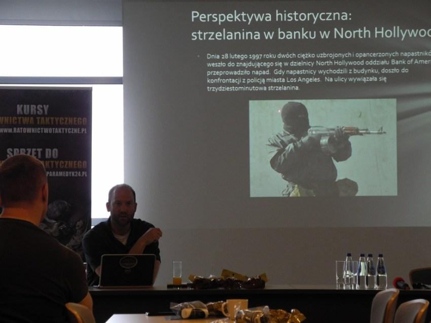 Wykłady jak i całe szkolenie były prowadzone w języku angielskim, z równoczesnym tłumaczeniem na język polski.