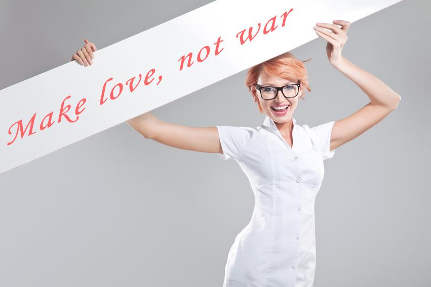 Odwieczna wojna pomiędzy ratownikami a pielęgniarkami? So stupid...
